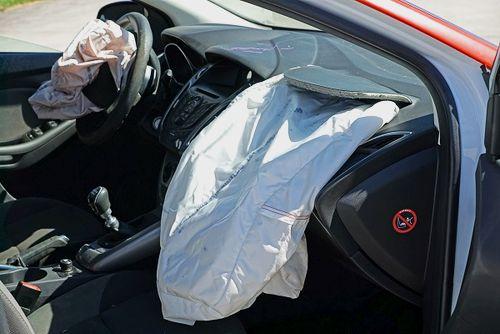 Wie Funktioniert Ein Airbag