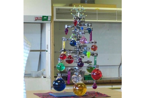 2015_chemistree_spaceglassindustrees.jpg