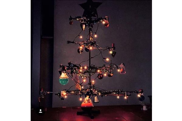 ausbildung wie viel weihnachten ist erlaubt chemie azubi. Black Bedroom Furniture Sets. Home Design Ideas